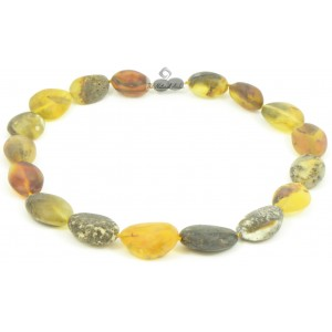 N124 Raw Green Amber Adult Necklace