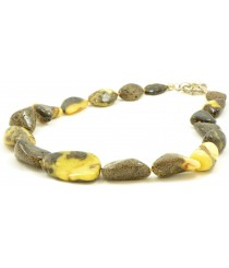 N244 Green Amber Adult Necklace