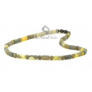 N252 Green Amber Necklace